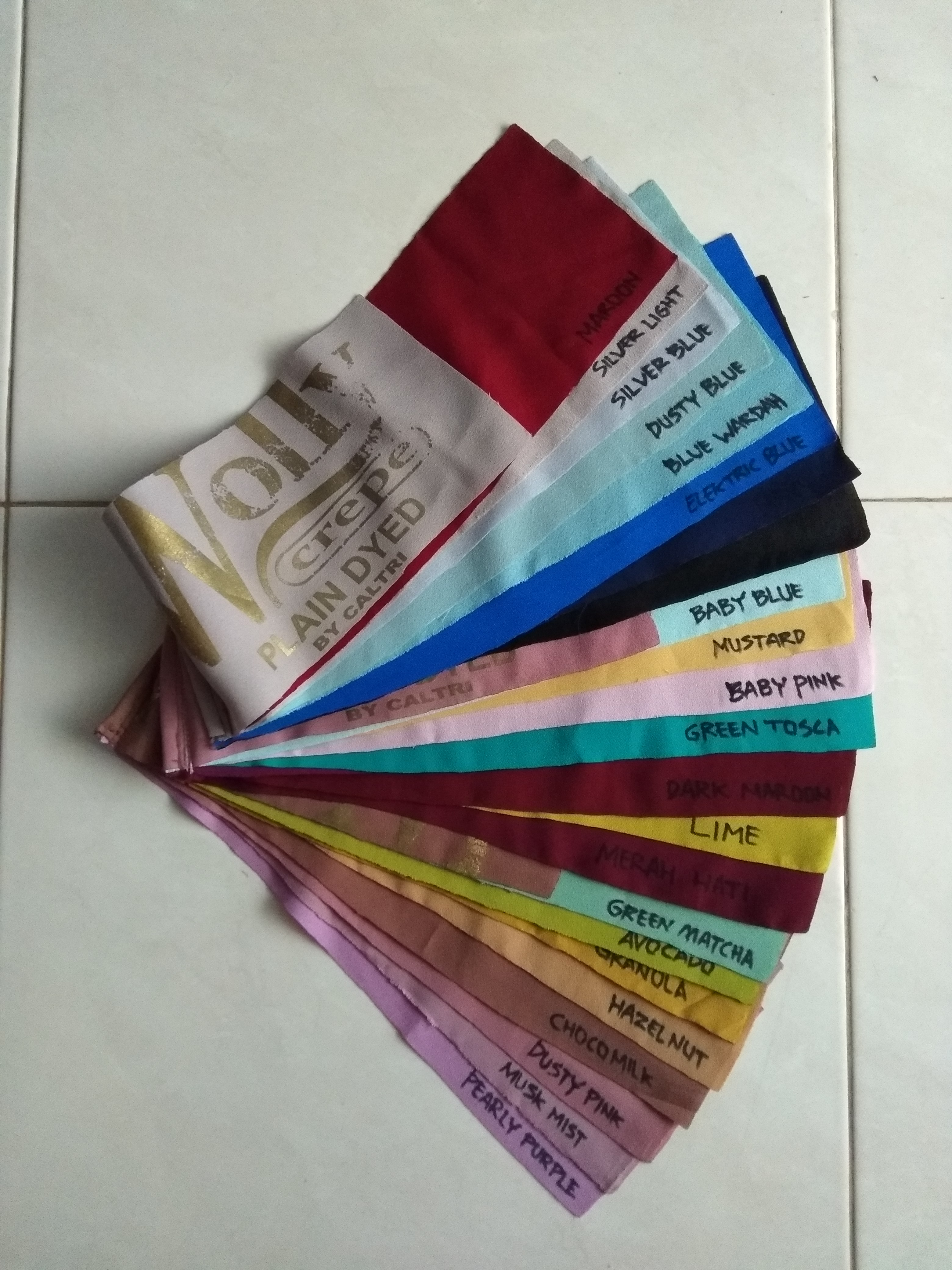 sampel warna